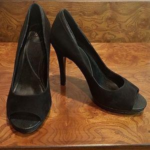 Diane Von Furstenberg Black Sweade Peep-toe pumps